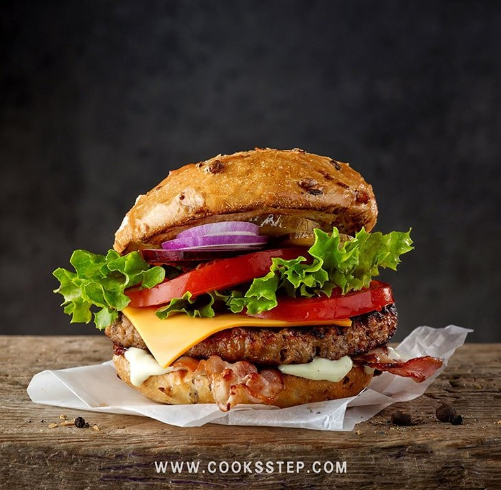 Classic American Hamburger by Cook's Step