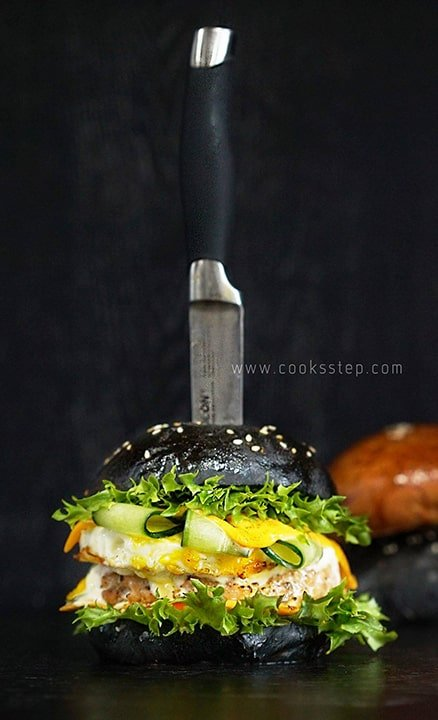Japanese Salmon burger by Cook's Step
