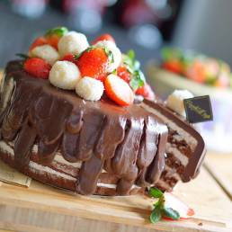 Chocolate Fudge gluten free cake by Cook's Step