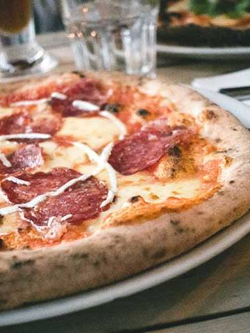 Salami Pizza by Cook's Step